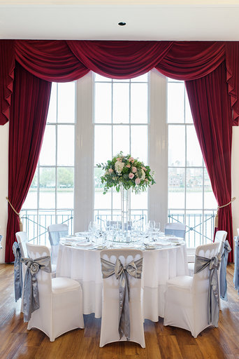 How to choose your tablecloth size and 5 popular wedding table sizes3